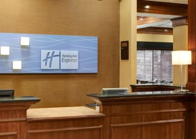 holiday-inn-express-and-suites-detroit-3986151183-2x1